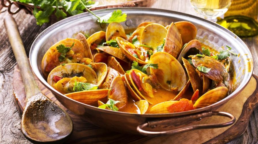 Pentola cataplana caratteristiche e usi in cucina for Ricette di cibo