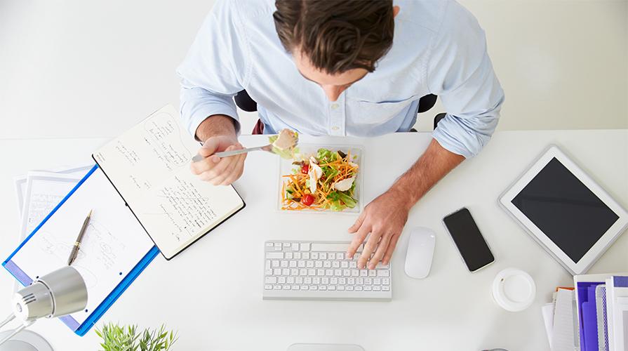 Mangiare veloce fa male