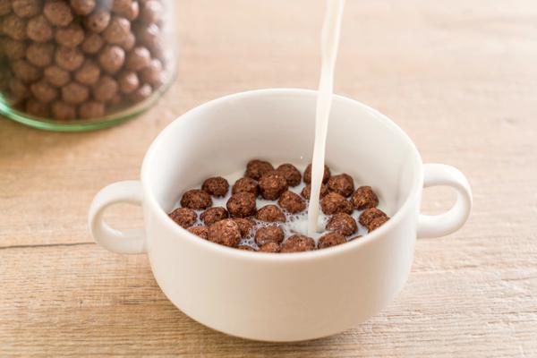 mezza tazza latte cereali