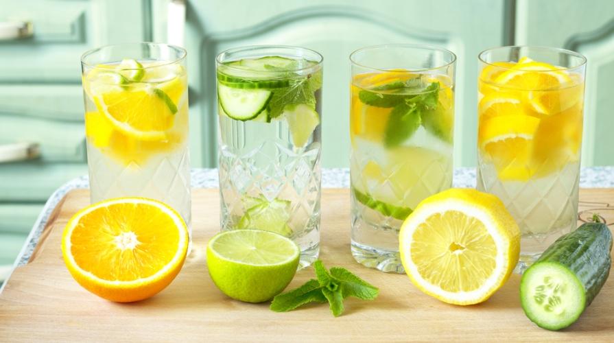 Cosa bere in estate: come idratarsi quando fa caldo