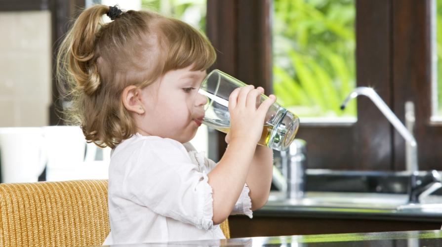 idratazione bambini estate