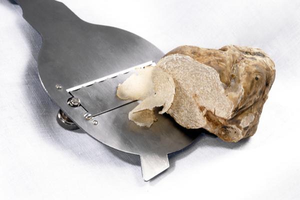 affetta tartufo