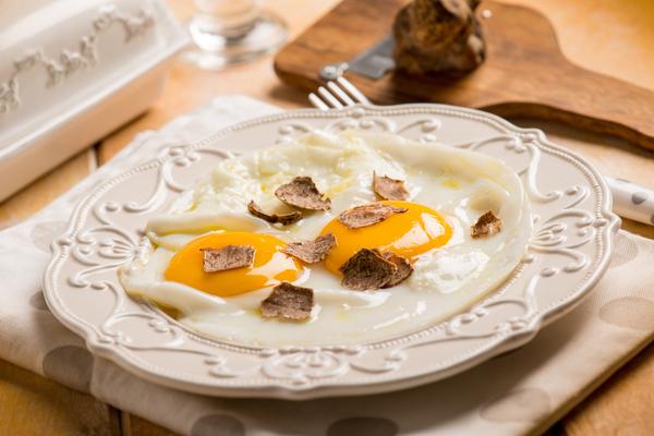 uova al tartufo