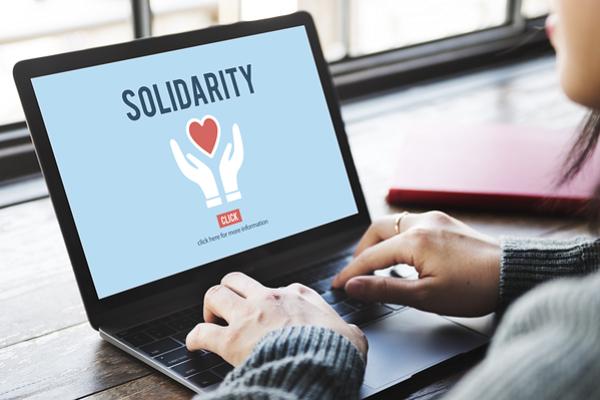 regali solidali