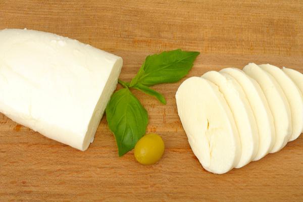 mozzarella vegetale