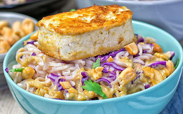thai-green-curry-tofu-ramen-with-kimchi
