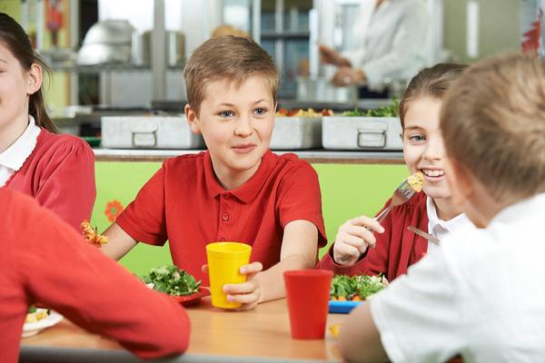 scuola pranzo