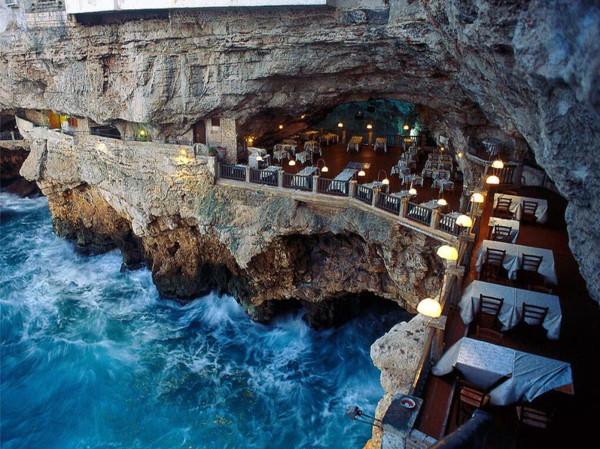 Grotta Palazzese1