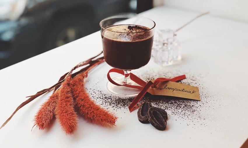 lampadina cafè