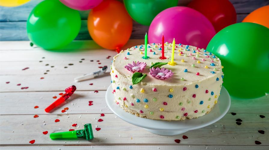 Torta di compleanno: 5 trucchi per prepararla in casa