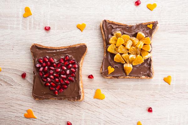 Colazione cioccolato frutta