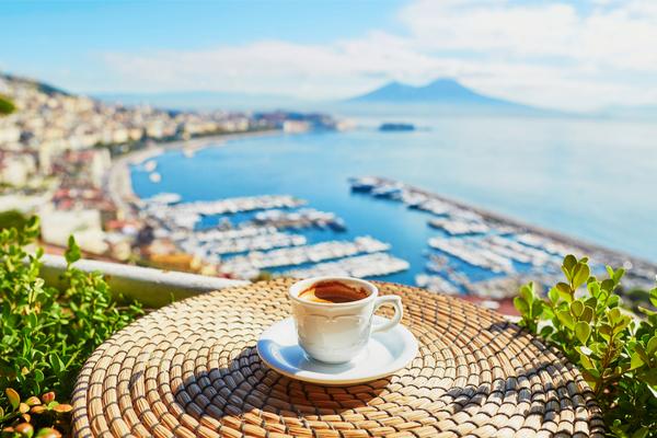 Quanto-costa-un-caffè-a-Napoli