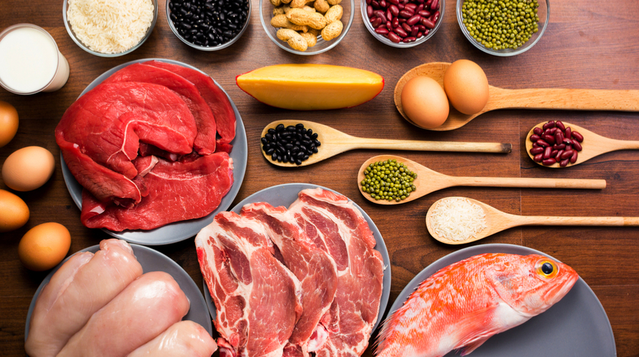 alimenti ricchi di proteine e pochi grassi