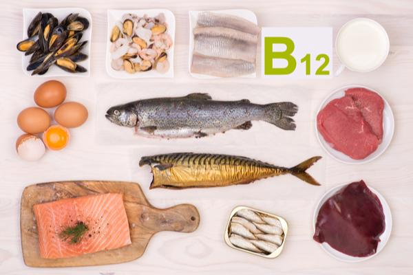 alimenti vitamina b12