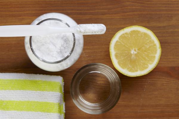 limone e bicarbonato