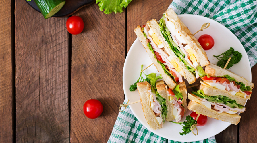 club sandwich ingredienti