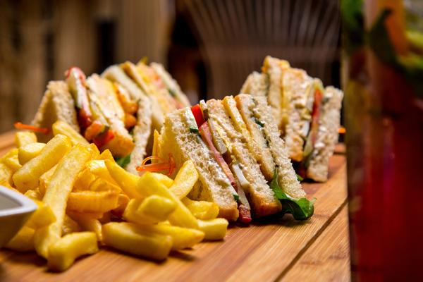 club sandwich strati