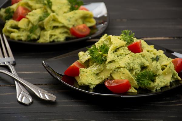 pasta avocado