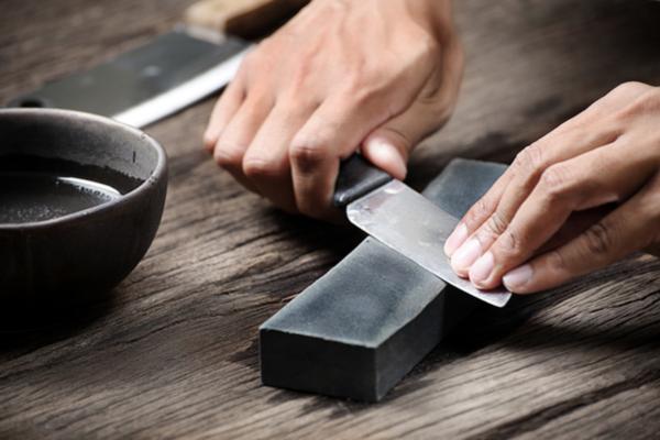 affilatura coltello
