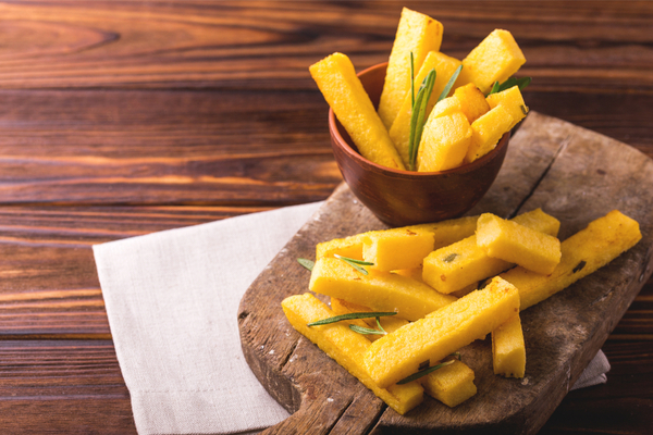 Bastoncini di polenta fritti