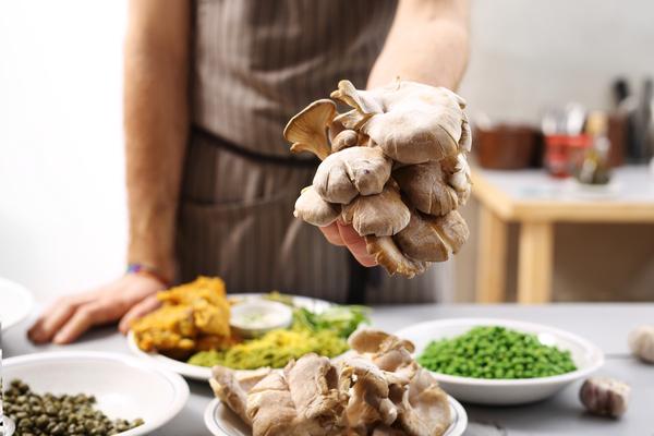 mangiare i funghi