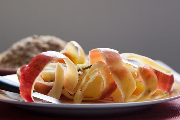 riciclare la buccia della mela
