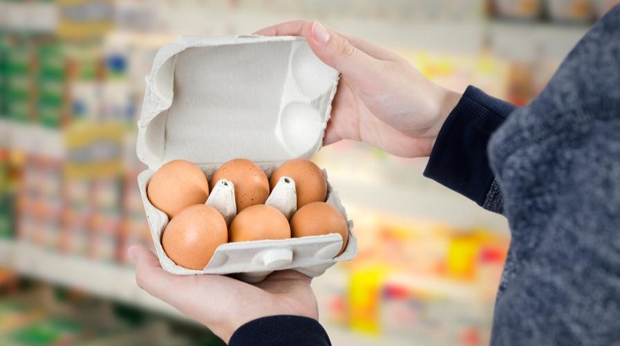scaffali uova vuoti