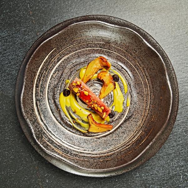 capocollo di maiale e salsa di pistacchi