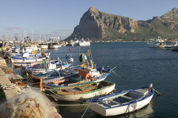 caporalato sicilia