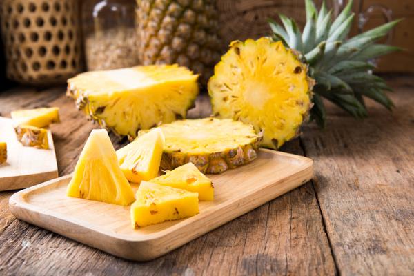 ananas brucia grassi