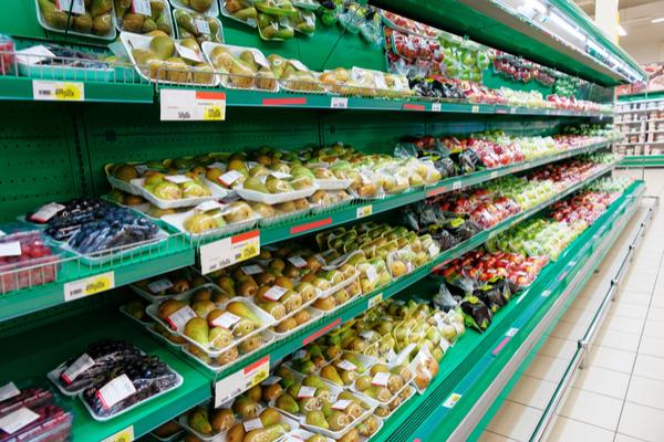 scaffali frutta confezionata