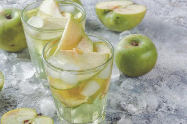 acqua detox mela verde