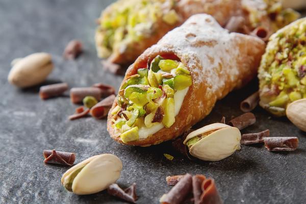 cannoli pistacchio