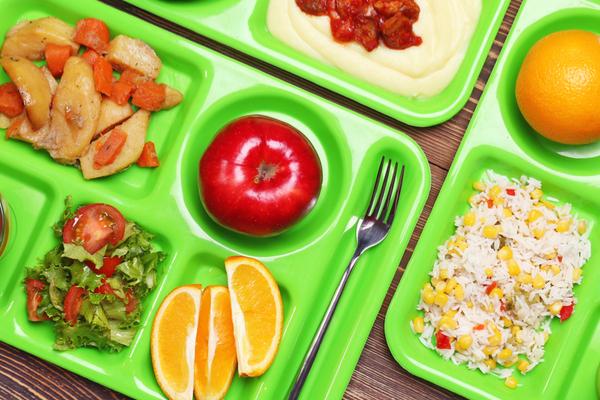 mensa scolastica frutta e verdura