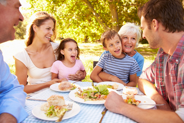 pranzare in famiglia fa bene