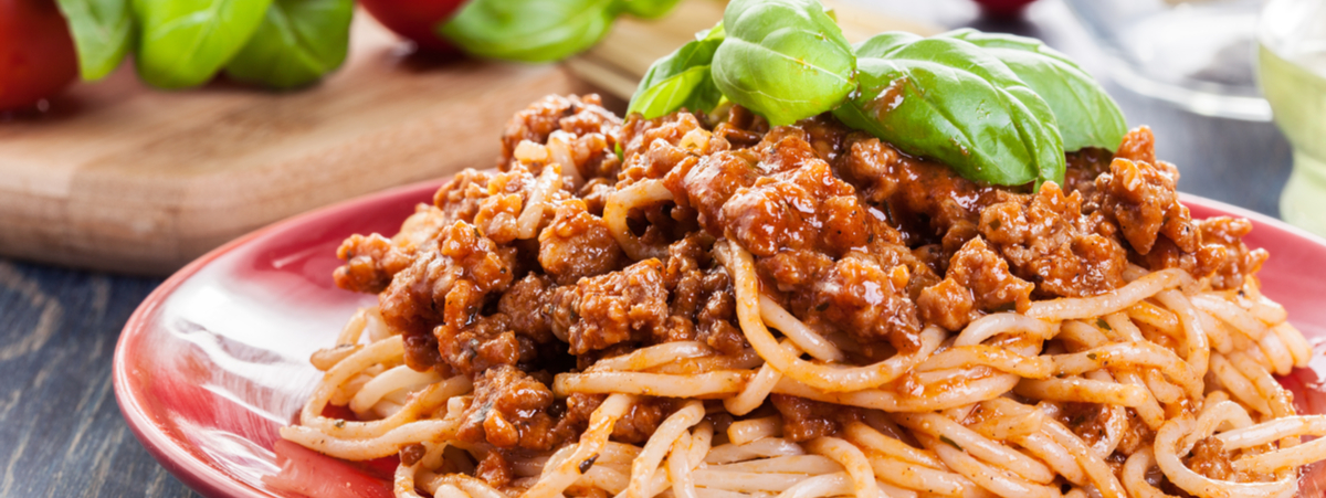 spaghetti alla bolognese tradizione o invenzione