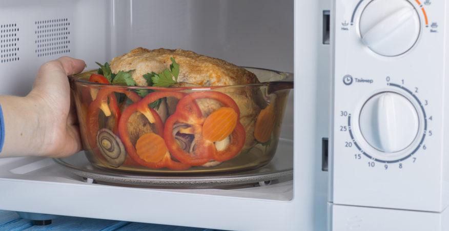 Il microonde fa male i consigli per usarlo in sicurezza - Cucinare a microonde ...