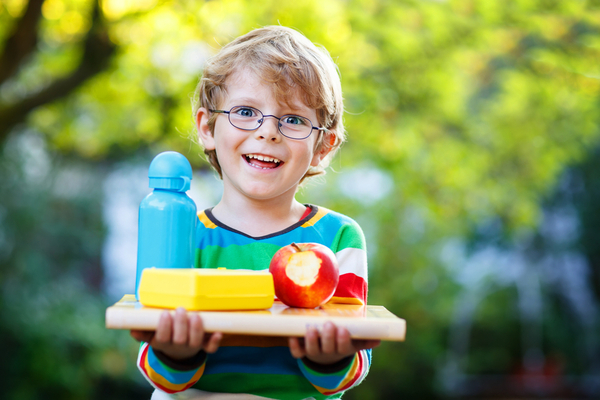 bambini e frutta