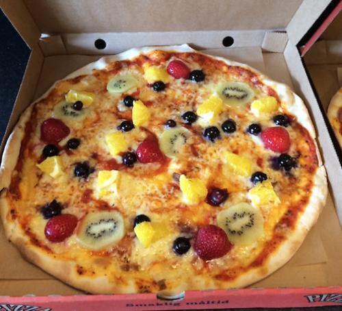 pizza con frutta