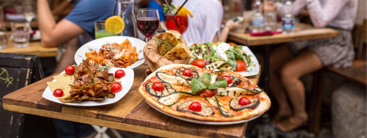 gli stranieri e il cibo italiano