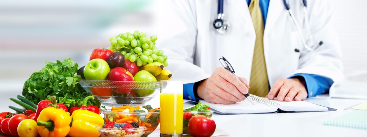 Dietista, dietologo e nutrizionista: che differenza c'è?