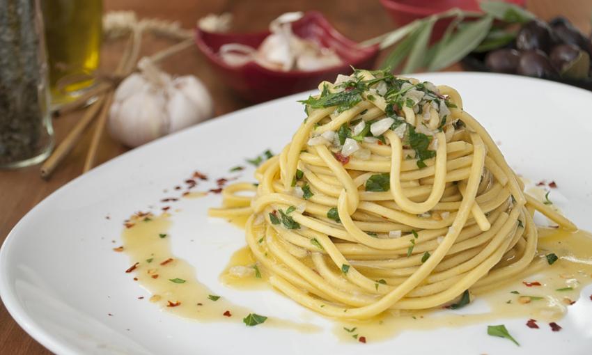 spaghetti aglio olio acqua di mare