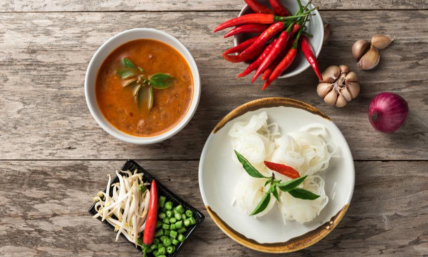 shirataki con salsa thai