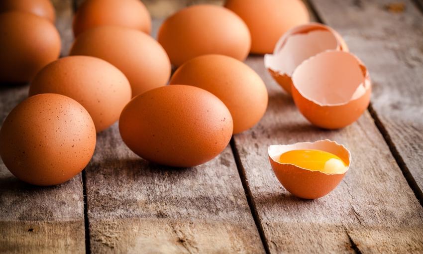 uova profiteroles
