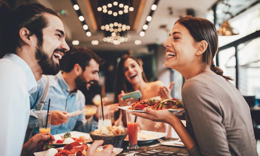 mangiare in compagnia