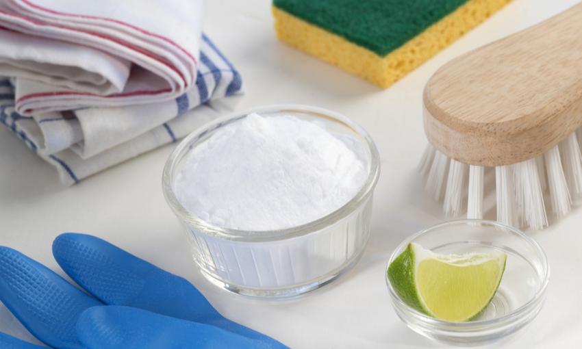 pulizia del forno prodotti naturali