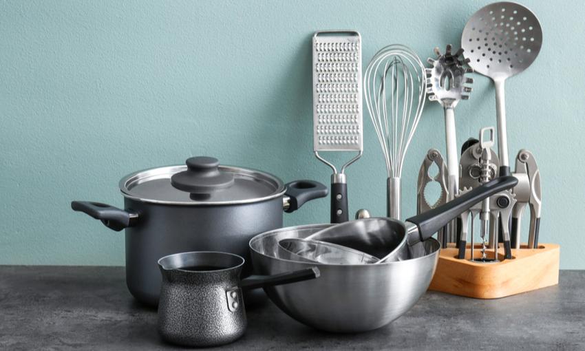 utensili cucina acciaio