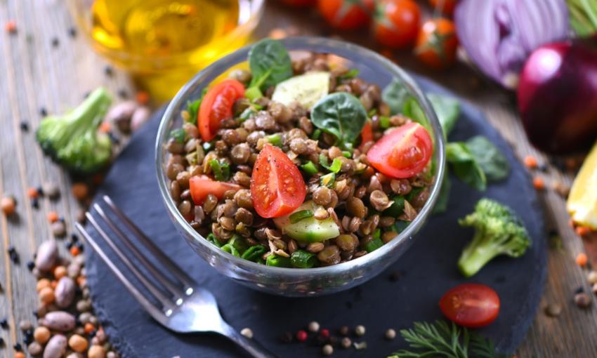 insalata lenticchie pomodori