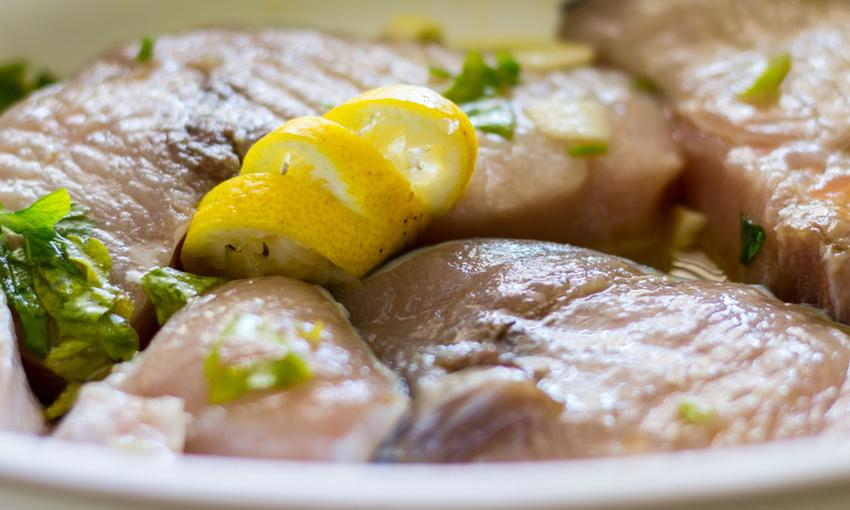 Pesce spada marinato