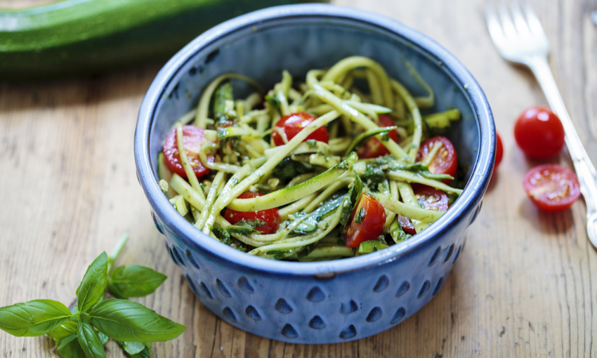 spaghetti con verdure julienne